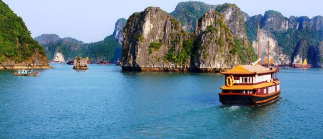 Baie d'Halong, Tour du Monde Couleurs du Monde