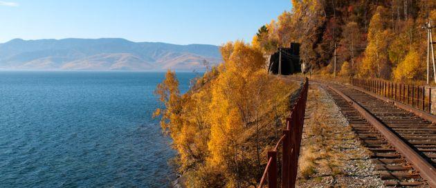 Lac Baïkal, Transsibérien  Grands Trains du Monde